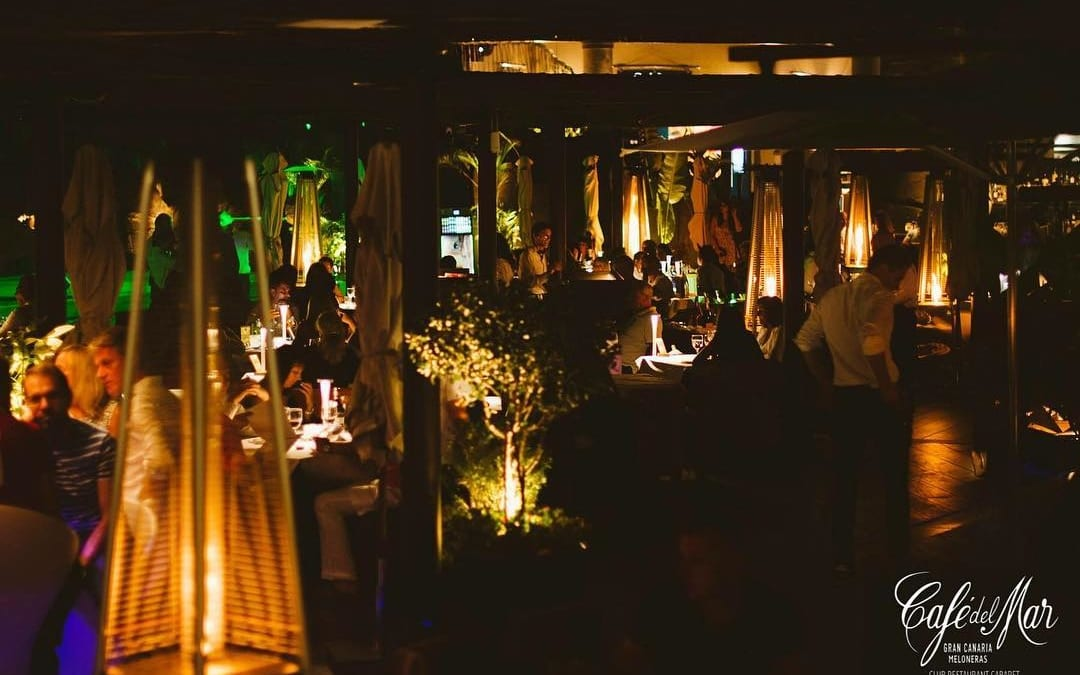 Hoy nuestras #cenas tienen una invitda especial, la #Superluna! ¡Disfrútala!  #CafédelMar #Meloneras #GranCanaria #club #restaurant #cabaret