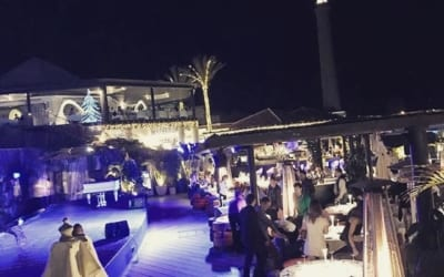 Merry Christmas in #CafédelMar #Meloneras #GranCanaria! ???? #Christmas #lighthouse #FarodeMaspalomas