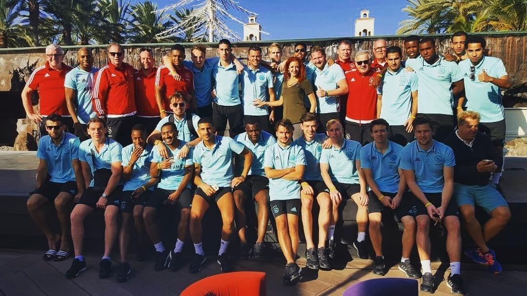 Muy contentos y agradecidos con la visita del equipo holandés @afcajax ⚽️ #CafédelMar #Meloneras #GranCanaria
